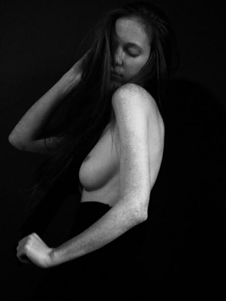 Lauren lsabeau, model, red hair, redhead, freckles, fashion, photography, Anouk Morgan