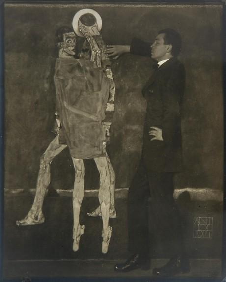portrait, Egon Schiele, 1914, photograph, artist, photography