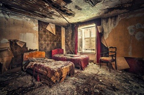 hotel, interior, abandoned building, abandoned hotel, deterioration, demolition, demolish, bed, 5 star hotel, decadence,