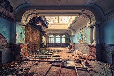 hotel, interior, abandoned building, abandoned hotel, deterioration, demolition, demolish, bed, 5 star hotel, decadence,hotel, interior, abandoned building, abandoned hotel, deterioration, demolition, demolish, bed, 5 star hotel, decadence,