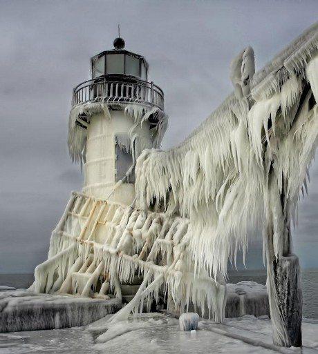 frozen lighthouse, ice, winter, freeze, travel, lake michigan