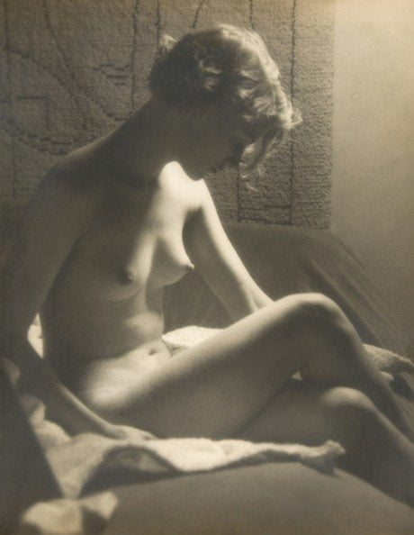 Nude with Sunray Lamp, 1929, man ray, lee miller, photography, nude, naked, model, muse