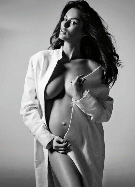 Pregnant, Nicole Trunfio, Simon Upton, Harper's Bazaar, Australia, January 2015, photography, model, fashion, naked, nude