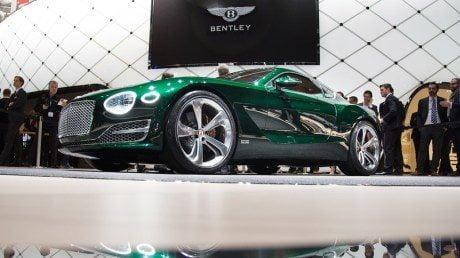 Geneva Motoshow, Bentley, supercar, sports car, Bentley EXP10 Speed, Aston Martin, electric, DBX, concept, Vulcan, Ford GT, legendary, GT40, Ferrari 488GTB
