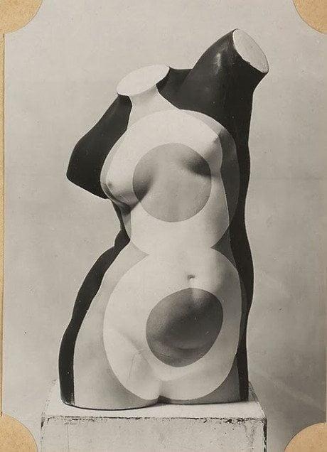Dora, max ernst, Corrigé par Dora, 1968, photograph, sculpture, art, surrealism
